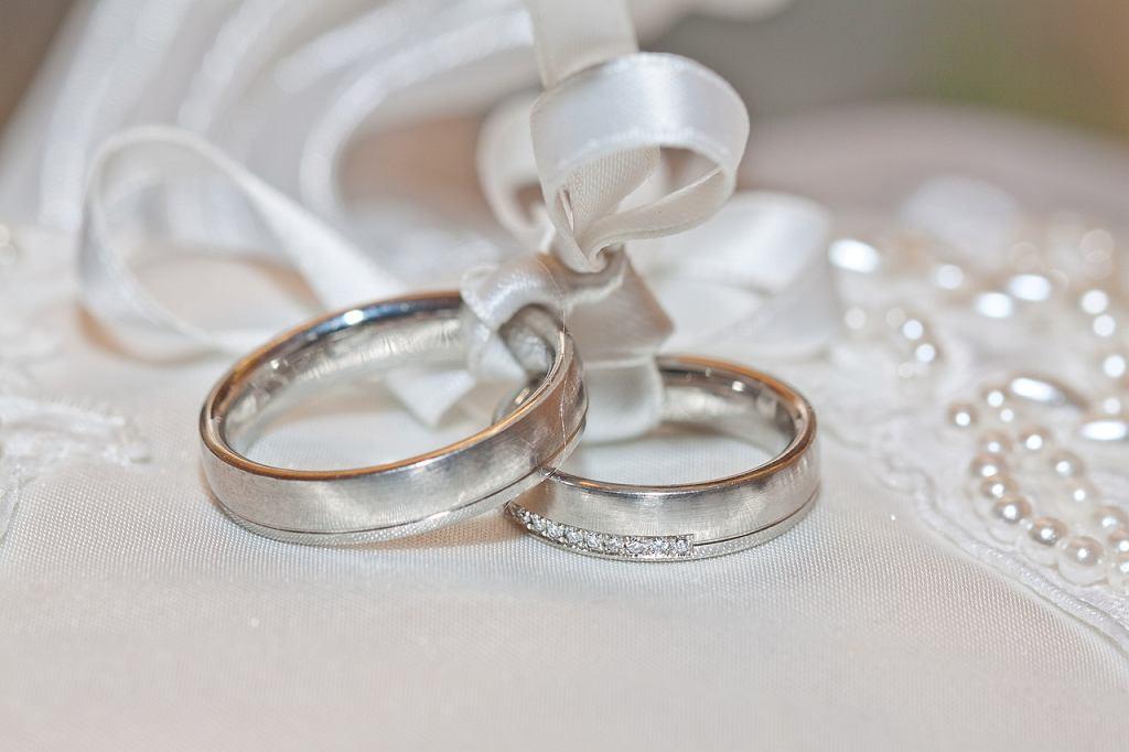 Para wzięła ekspresowy ślub