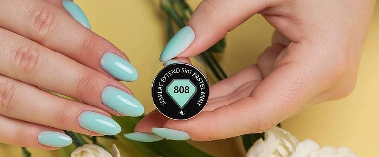 Trwałe lakiery do paznokci, które nie odpryskują. Wybieramy modne kolory na wiosnę 2020