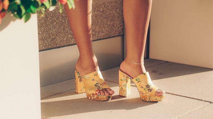 Wzorzyste buty damskie