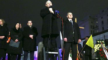 Podstawowym narzędziem władzy jest propaganda - a PiS i Kaczyński sa w tym mistrzami