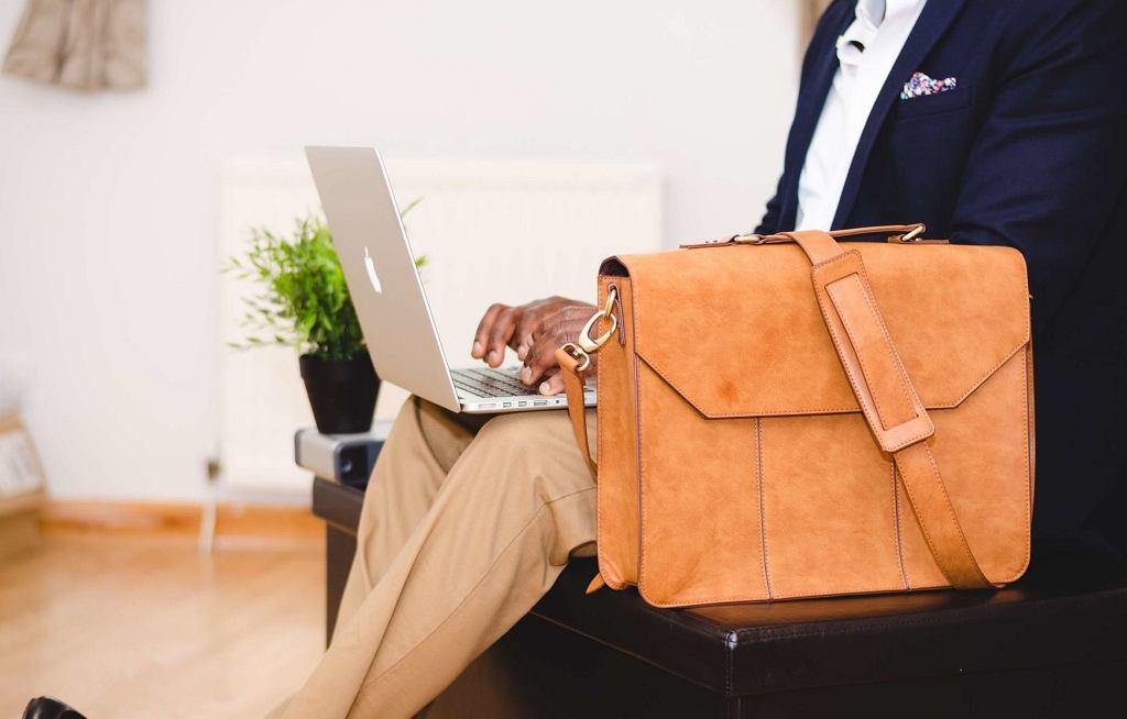 Torby na laptopa i plecaki - na co zwracać uwagę?