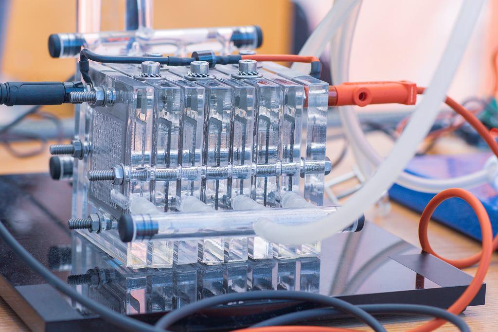 Wodorowe ogniwa paliwowe, zdjęcie ilustracyjne.