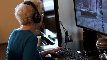 80-latka kocha grać w gry