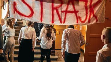 Będzie strajk w szkołach? ZNP odwleka podjęcie decyzji