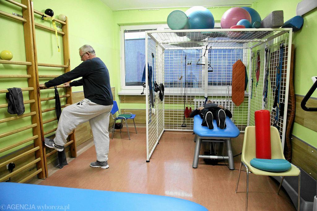 W czasie pobierania świadczenia rehabilitacyjnego trzeba się stawiać na zabiegi przewidziane przez lekarza