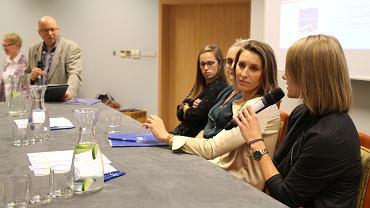 Patrycja Wyciszkiewicz, Iwona Niedźwiedź, Joanna Fiodorow i Alicja Zając podczas konferencji 'Kobieta to siła'