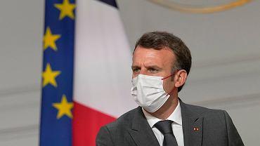 Emmanuel Macron ogłosił obowiązkowe szczepienia dla medyków