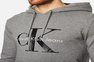 Calvin Klein, Hugo Boss i Armani - bluzy męskie teraz w promocji!