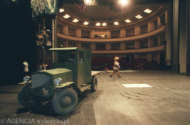 Przygotowania do premiery musicalu 'Crazy For You'. Teatr Muzyczny Roma, 22 stycznia 1999 r.