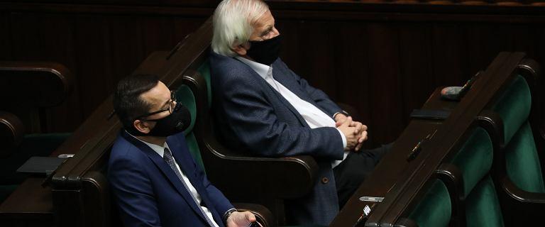 Sejm. Darmowych testów na COVID-19 nie będzie. Grzywna za brak maseczki