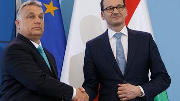 Premier Mateusz Morawiecki zapowiedział weto w sprawie budżetu UE. Podobne stanowisko przedstawił Viktor Orbán, premier Węgier