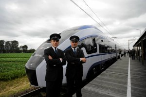 Nowe pociągi Pesy. Powtórzą sukces pendolino? [FOTO, WIDEO]
