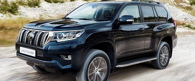 Na co stać Toyotę Land Cruiser? Przyglądamy się ofercie terenowego bestsellera