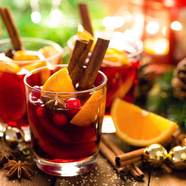 Wino, cynamon, pomarańcza