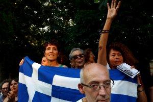 Grecy ponoszą ofiary trudne do zniesienia? Inni ponosili większe, żeby ich ratować