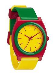 Zegarek z kolekcji Nixon. Cena: ok. 350 zł, moda męska, zegarki, Zegarki: przedłużmy lato kolorem, kolekcje