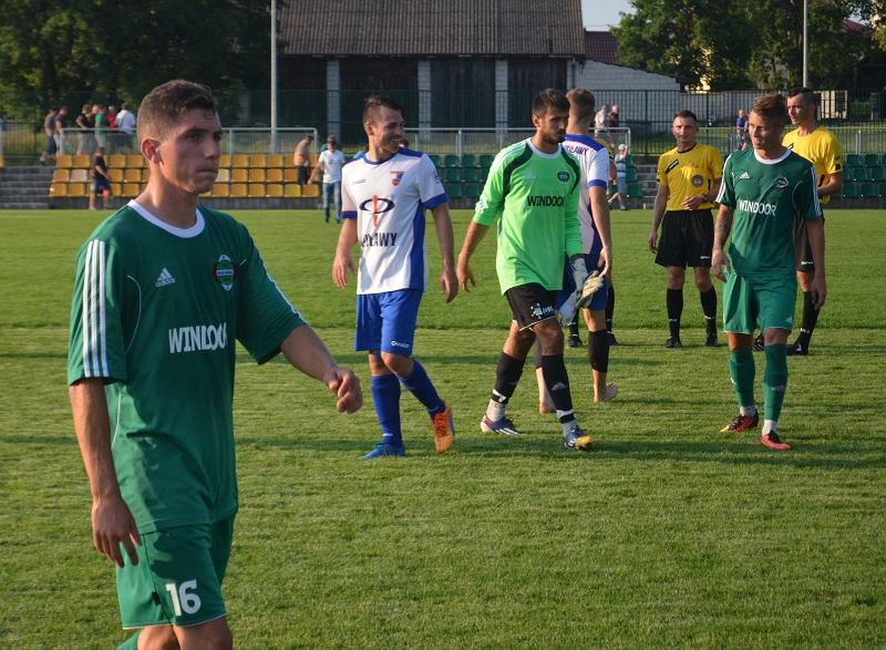 Sparing. Radomiak vs Wisła Puławy. Pierwszy z lewej - Maciej Filipowicz