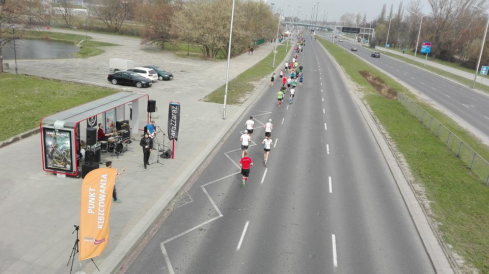 Smog w Warszawie dał się we znaki m.in. uczestnikom półmaratonu