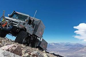 Ciężarówką na najwyższy wulkan na świecie - motoryzacyjny rekord Guinnessa. Żaden samochód nie wjechał tak wysoko