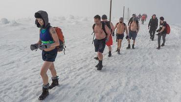 Wyprawa 'w szortach' na Śnieżkę