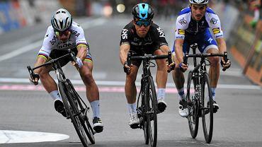 Finisz wyścigu Mediolan - San Remo w 2017 roku.  Peter Sagan, Michał Kwiatkowski i Julian Alaphilippe
