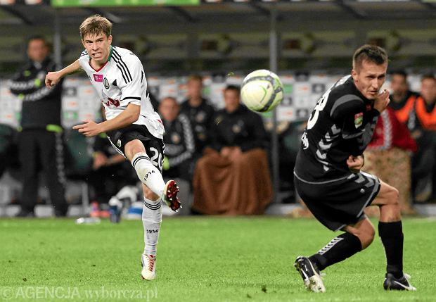 Kosecki miał trafić do La Ligi. Wylądował w 2. Bundeslidze. Legia go nie puściła