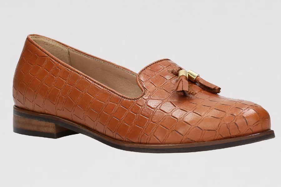 brązowe buty wiosenne Wojas