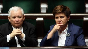 Beata Szydło i Jarosław Kaczyński podczas 23. posiedzenia Sejmu VIII Kadencji.