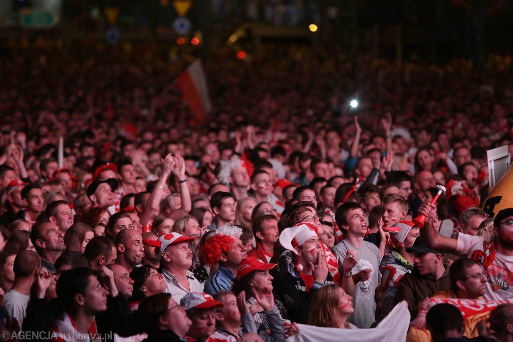 W strefie kibica pod Spodkiem zgromadziło się ponad 15 tysięcy ludzi