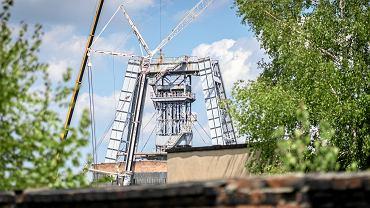 Wieża zasypanego już szybu III nie będzie podcinana i przewracana, lecz rozbierana stopniowo od góry