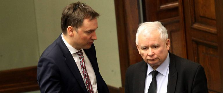 OKO.Press: PiS chciał nowej koalicji tylko z Gowinem