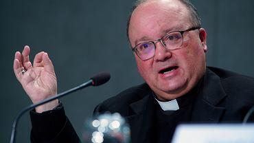 Arcybiskup Charles Scicluna z Malty przyjedzie do Polski. Po jego śledztwie biskupi z Chile podali się do dymisji
