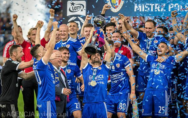 PKO Ekstraklasa 2019/2020, terminarz 1. kolejki. Beniaminek zagra w piątek, pierwszy hit już w sobotę!