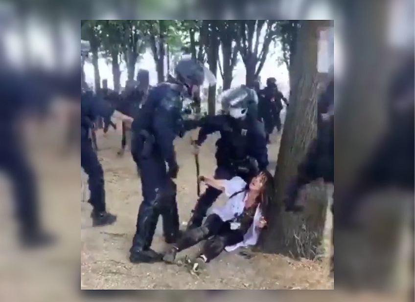 Protesty służby zdrowia w Paryżu