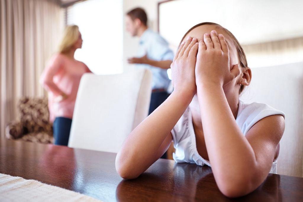 Pozbawienie praw rodzicielskich: kiedy dochodzi do odebrania władzy rodzicielskiej?