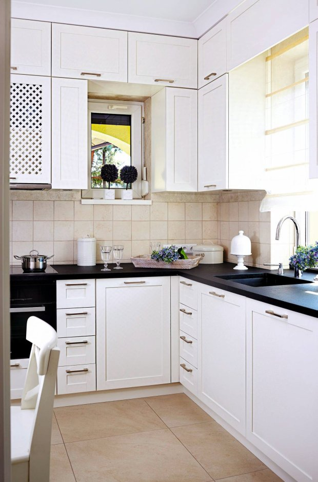 Kuchnia, meble kuchenne, klasyczna kuchnia