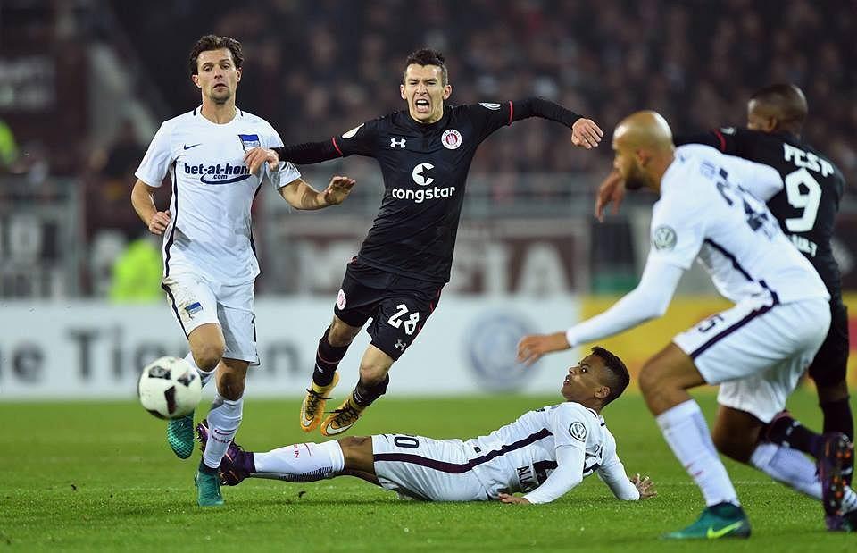 Waldemar Sobota w barwach FC St. Pauli