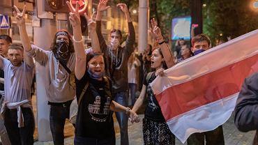 Protesty po sfałszowanych wyborach prezydenckich w Białorusi