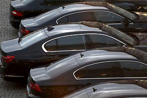 Rząd będzie dalej jeździł starymi samochodami. Przetarg na 280 limuzyn został odwołany