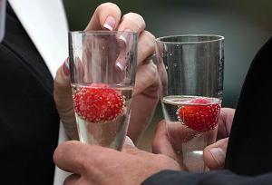 Putin zdegradował francuski szampan, więc Rosjanie go nie kupią