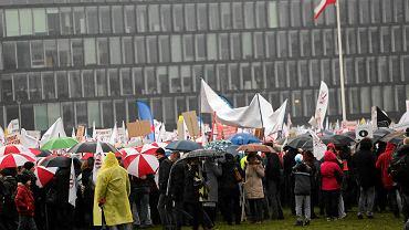 Demonstracja nauczycieli przeciwko zmianom w oświacie