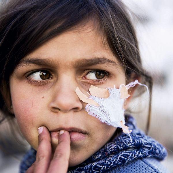 spotyka się z kurdyjską kobietą