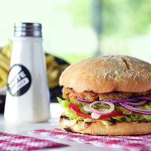 Burger z boczniakiem ostrygowym - i najlepiej osobiście upieczoną bułką