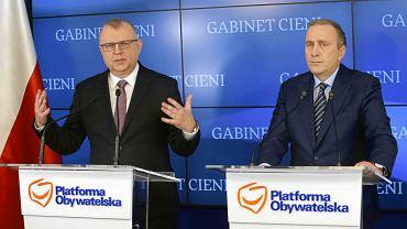 Kwiecień 2018 r. Kazimierz Michał Ujazdowski i Grzegorz Schetyna na konferencji o starcie Ujazdowskiego na prezydenta Wrocławia