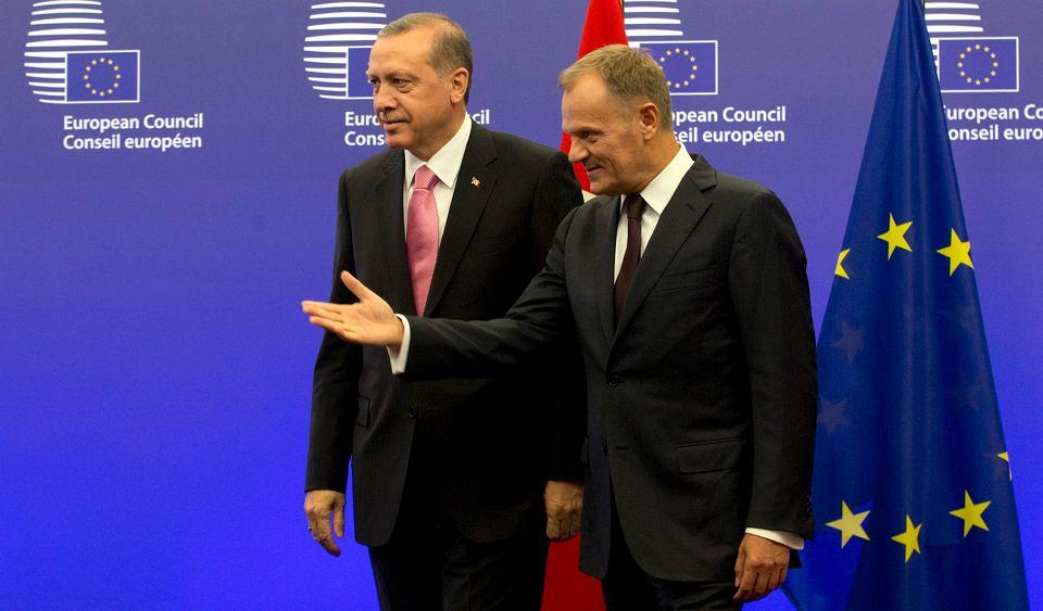 Recep Tayyip Erdogan i Donald Tusk podczas spotkania 5 października w Brukseli