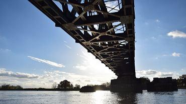 Pomorze Zachodnie. Most nad Odą w rejonie Rozlewiska Kostrzyneckiego
