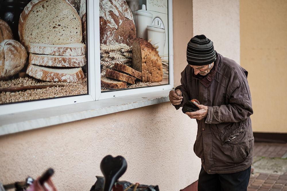 1,5 miliona Polaków boryka się ze skrajnym ubóstwem