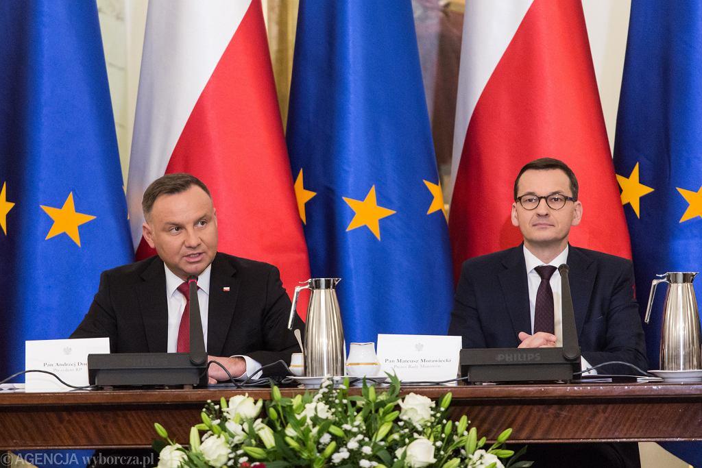 7.01.2020, prezydent Andrzej Duda i premier Mateusz Morawiecki podczas posiedzenia Rady Gabinetowej.