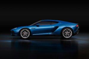 Lamborghini nie planuje elektrycznego samochodu. Na razie