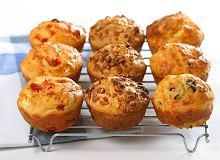Muffinki z czerwoną papryką i fetą - ugotuj